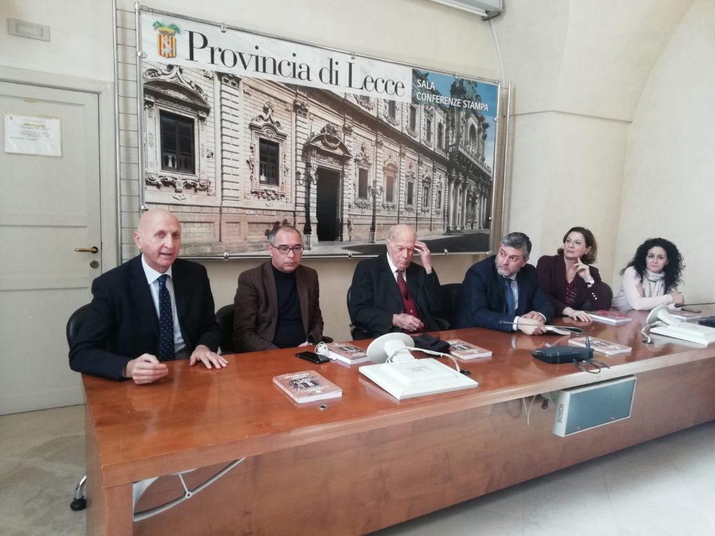 """Giorno della Memoria: presentato a Palazzo Adorno """"Internato 159534"""" del salentino Nicola Santoro"""