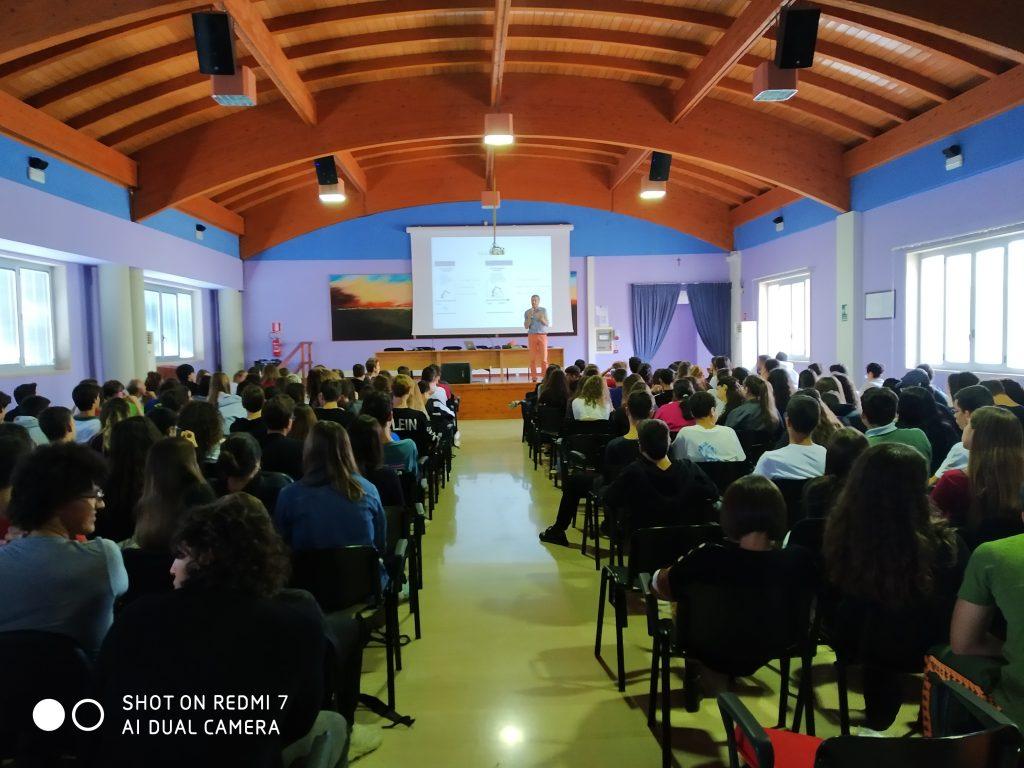 Pillole di Ingegneria dell'Informazione: ancora 10 seminari in streaming dedicati agli studenti salentini