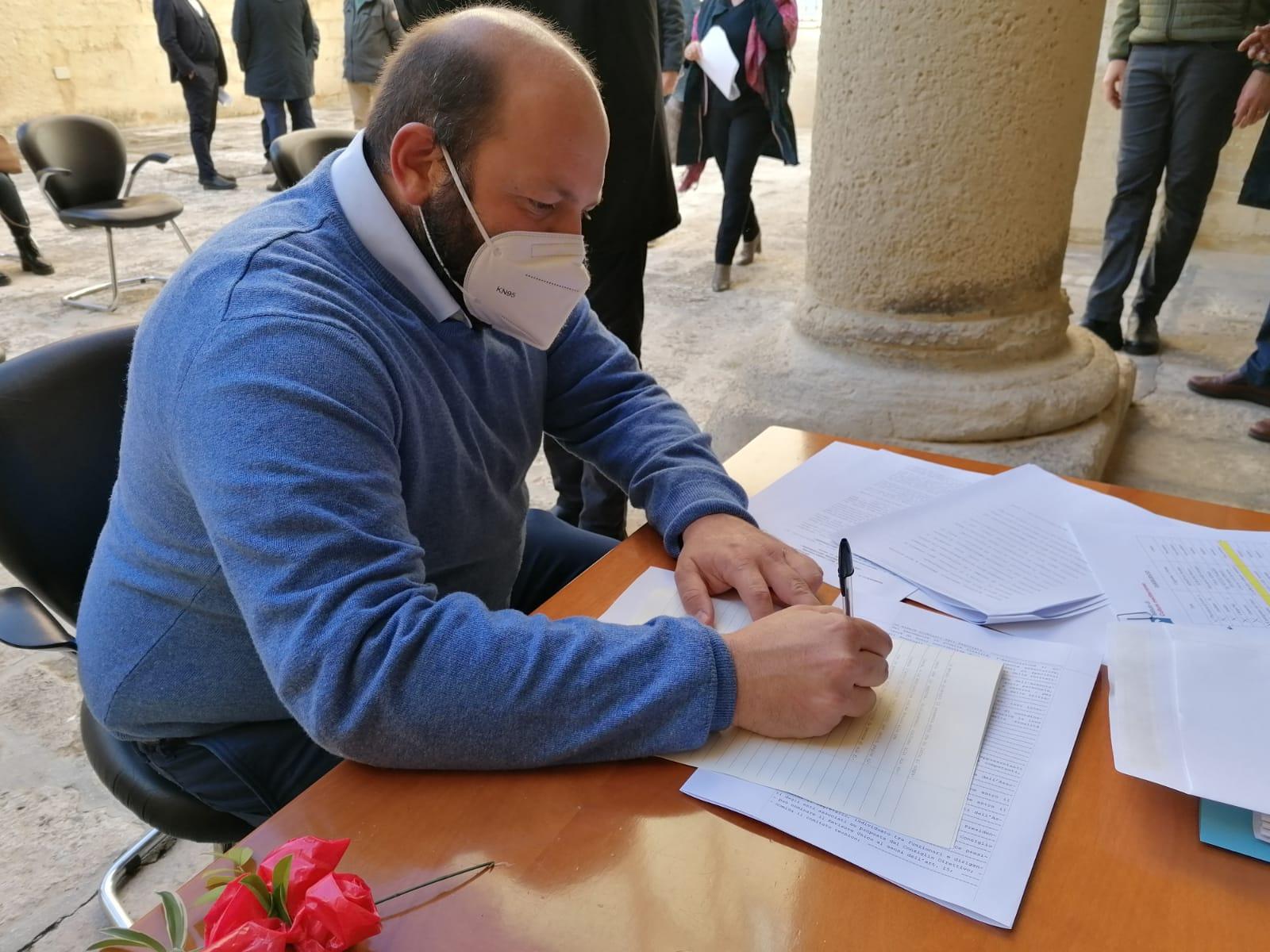 Firma atto costitutivo Istituto Culture Mediterranee