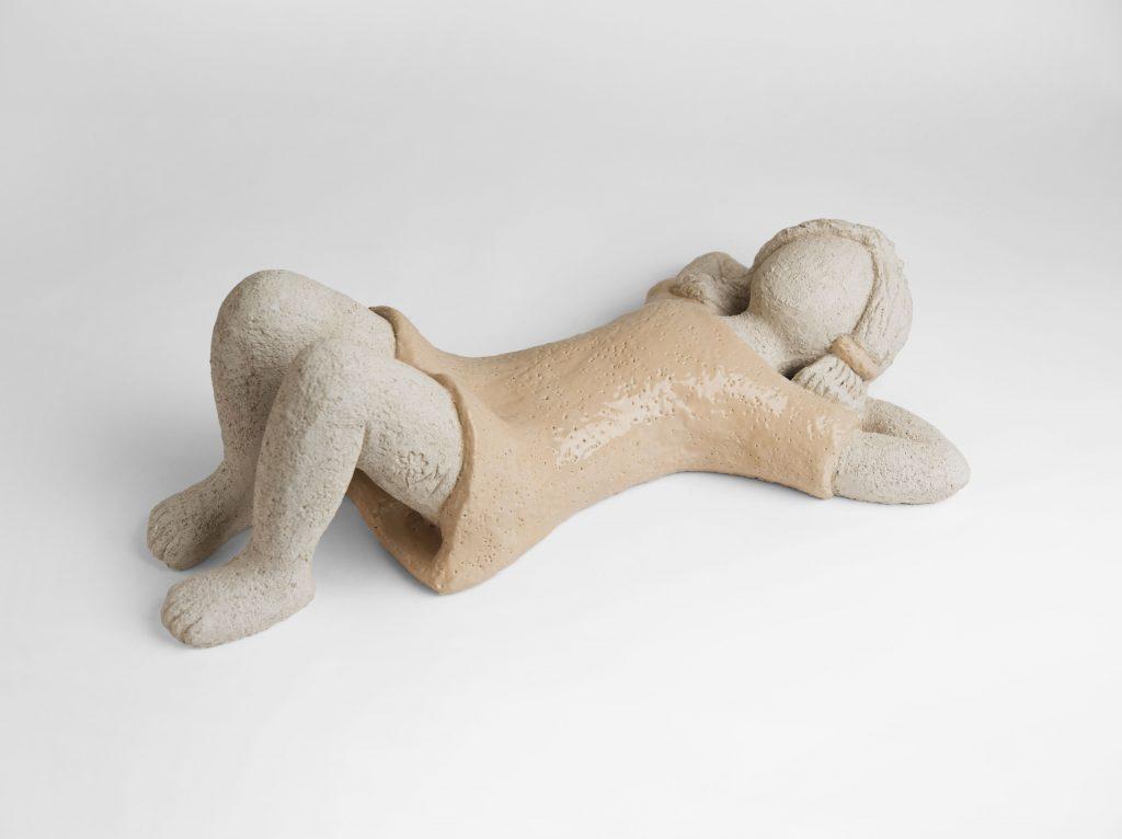 Donate alla Provincia e al Museo ebraico di Lecce due bambine di argilla di Margherita Grasselli: venerdi' 2 luglio la cerimonia a Palazzo Adorno