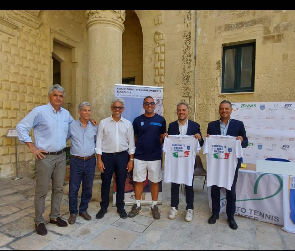 """Al Circolo Tennis di Lecce i """"Campionati Italiani Under 13 maschili 2021"""": la presentazione a Palazzo Adorno"""