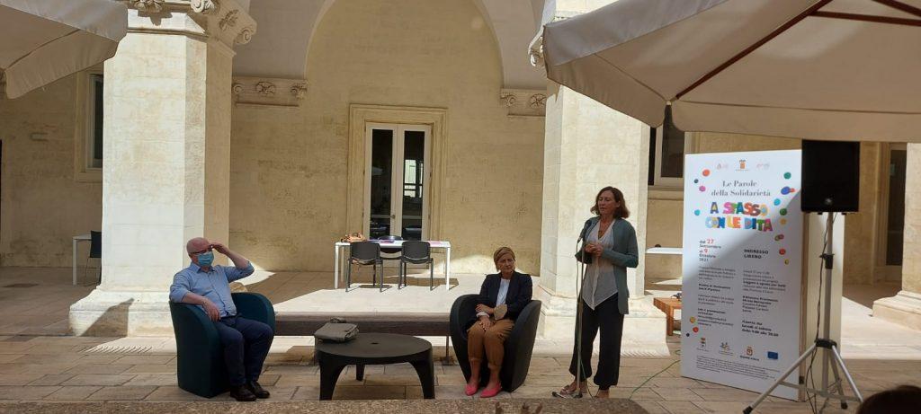 """Nella Biblioteca Bernardini si va """"a spasso con le dita"""": inaugurata la mostra evento inclusiva aperta a tutti fino al 9 ottobre"""